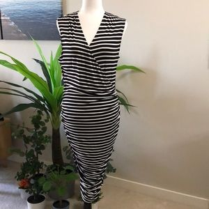 Mossimo bodycon dress size Large
